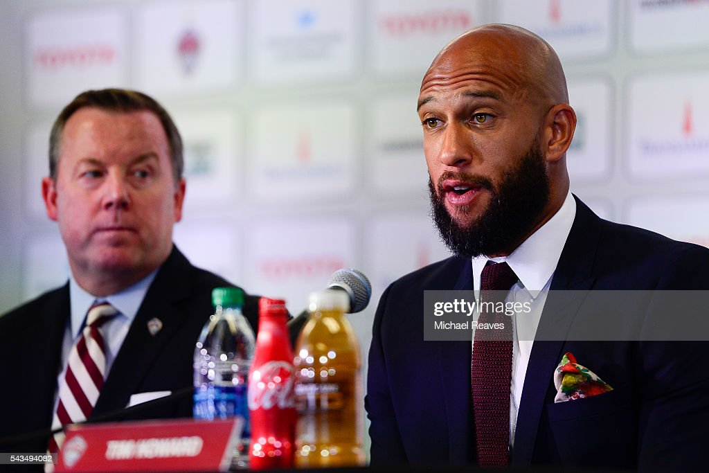 <a gi-track='captionPersonalityLinkClicked' href=/galleries/search?phrase=Tim+Howard+-+Soccer+Player&family=editorial&specificpeople=11515558 ng-click='$event.stopPropagation()'>Tim Howard</a> addresses the media as he is introduced as a member of the Colorado Rapids during a press conference at Dick's Sporting Goods Park on June 28, 2016.