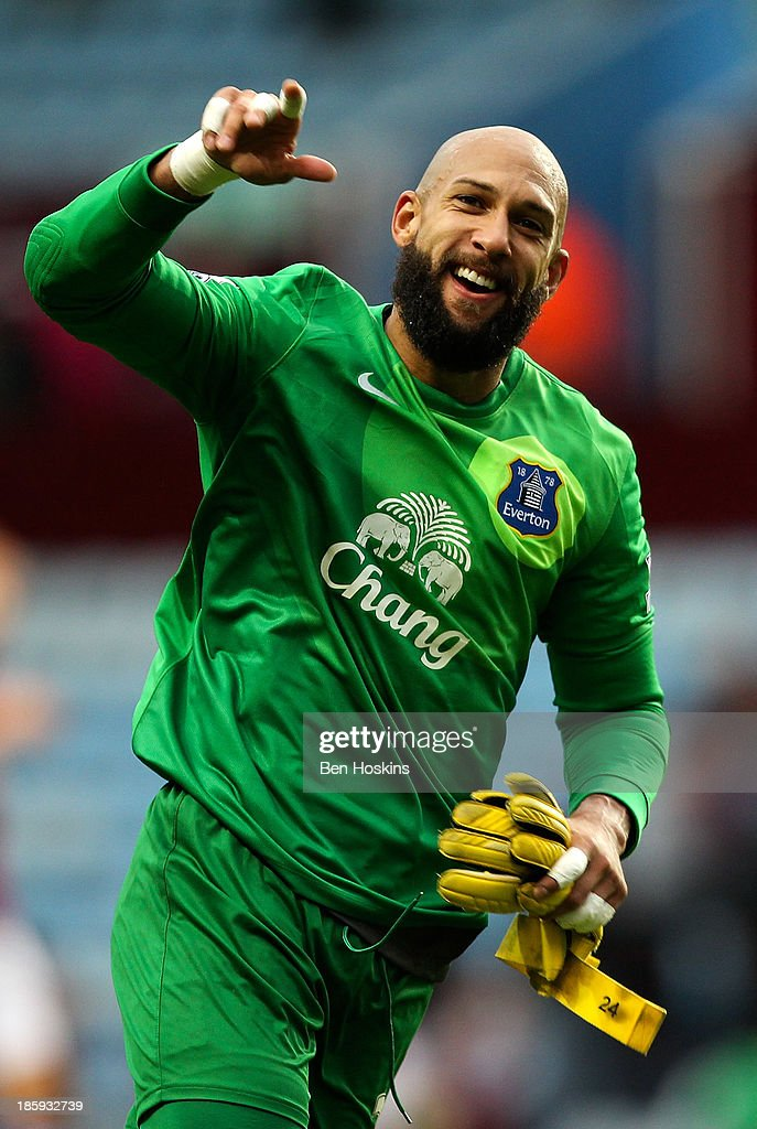 <a gi-track='captionPersonalityLinkClicked' href=/galleries/search?phrase=Tim+Howard+-+Soccer+Player&family=editorial&specificpeople=11515558 ng-click='$event.stopPropagation()'>Tim Howard</a> of Everton celebrates his side's win during the Barclays Premier League match between Aston Villa and Everton at Villa Park on October 26, 2013 in Birmingham, England