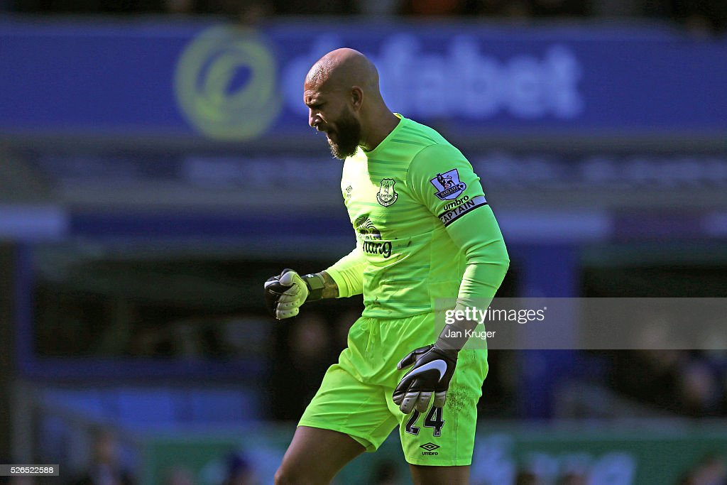 Tim Howard of Everton celebrates his team's second goal during the Barclays Premier League match between Everton and A.F.C. Bournemouth at Goodison Park on April 30, 2016 in Liverpool, England.