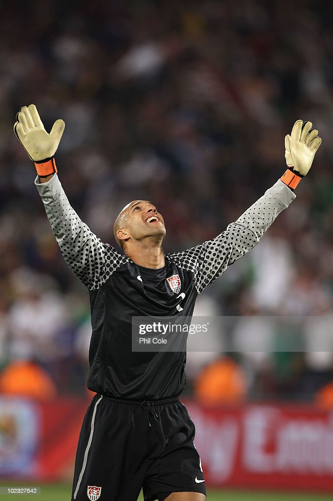 <a gi-track='captionPersonalityLinkClicked' href=/galleries/search?phrase=Tim+Howard+-+Soccer+Player&family=editorial&specificpeople=11515558 ng-click='$event.stopPropagation()'>Tim Howard</a> of the United States celebrates after victory that sends the USA through to the second round during the 2010 FIFA World Cup South Africa Group C match between USA and Algeria at the Loftus Versfeld Stadium on June 23, 2010 in Tshwane/Pretoria, South Africa.