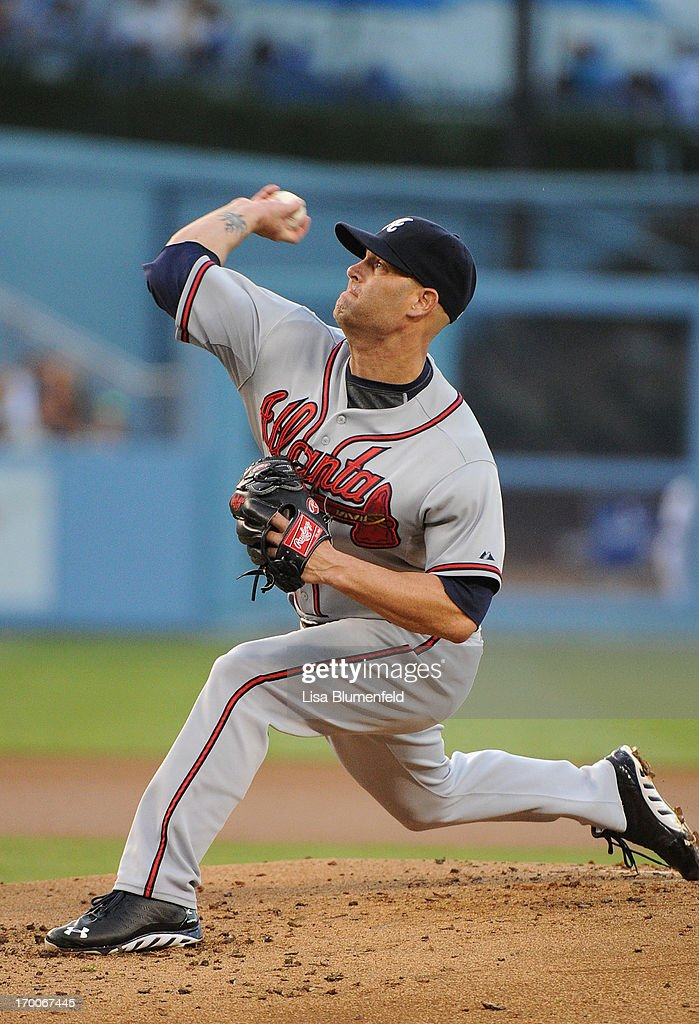 <a gi-track='captionPersonalityLinkClicked' href=/galleries/search?phrase=Tim+Hudson&family=editorial&specificpeople=203108 ng-click='$event.stopPropagation()'>Tim Hudson</a> #15 of the Atlanta Braves pitches against the Los Angeles Dodgers at Dodger Stadium on June 6, 2013 in Los Angeles, California.