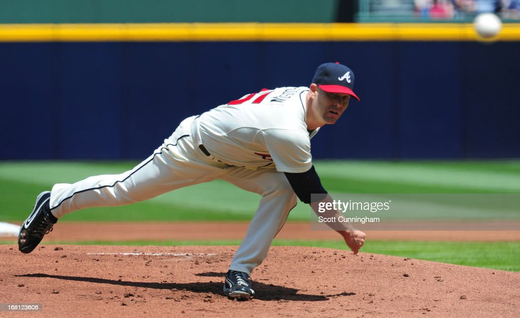 <a gi-track='captionPersonalityLinkClicked' href=/galleries/search?phrase=Tim+Hudson&family=editorial&specificpeople=203108 ng-click='$event.stopPropagation()'>Tim Hudson</a> #15 of the Atlanta Braves throws a first inning pitch against the New York Mets at Turner Field on May 5, 2013 in Atlanta, Georgia.