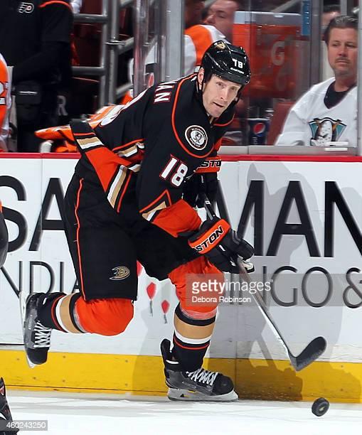 Tim Jackman of the Anaheim Ducks handles the puck against the Philadelphia Flyers on December 3 2014 at Honda Center in Anaheim California