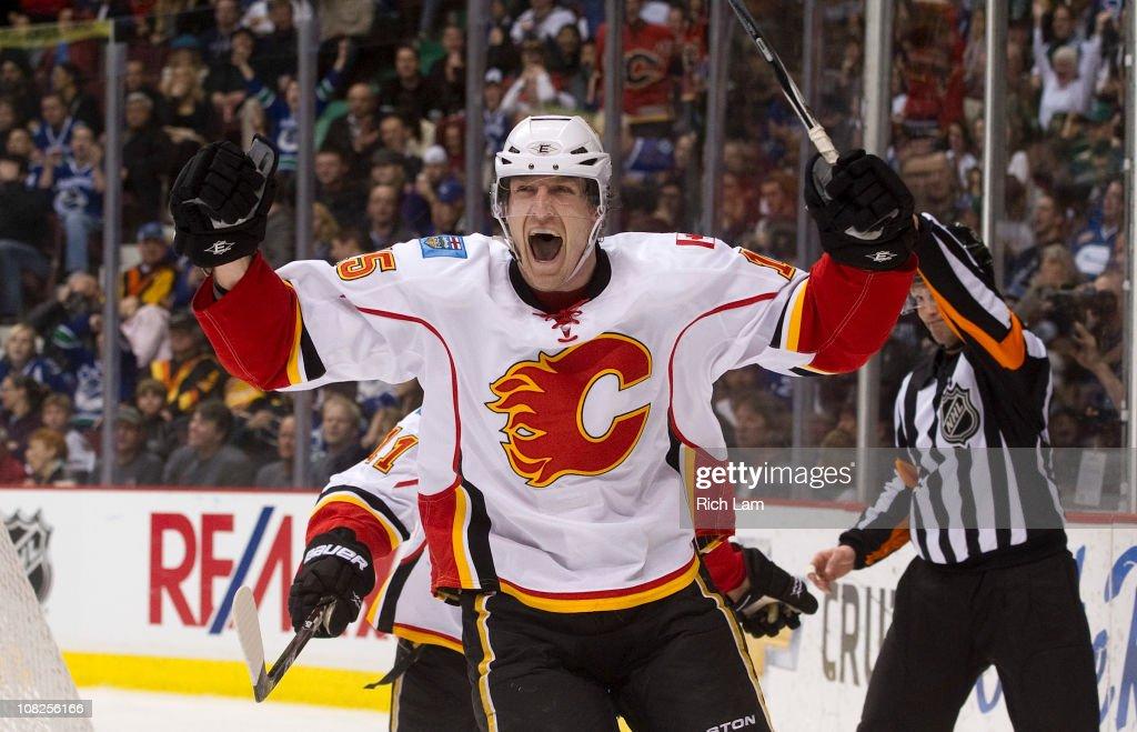 Calgary Flames v Vancouver Canucks