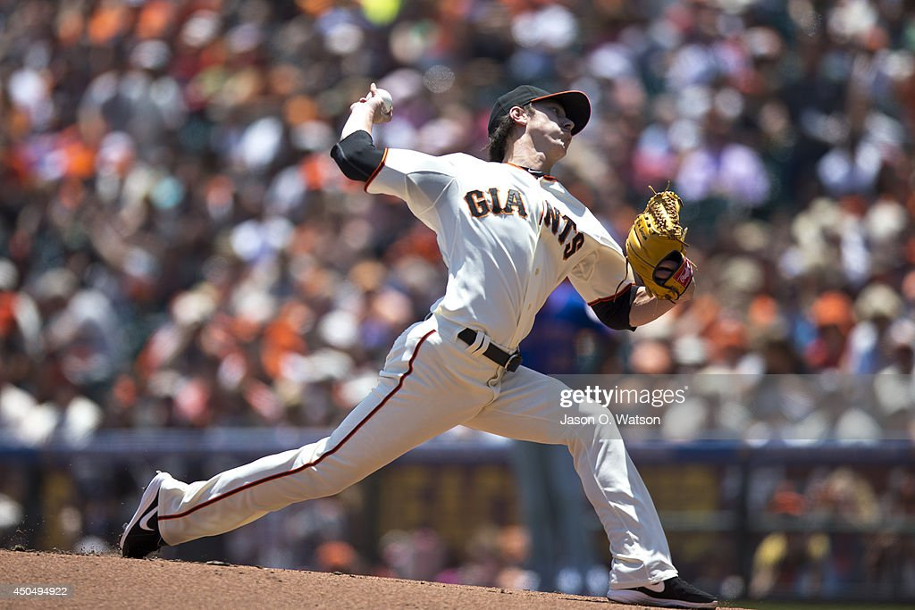 <a gi-track='captionPersonalityLinkClicked' href=/galleries/search?phrase=Tim+Lincecum&family=editorial&specificpeople=4175405 ng-click='$event.stopPropagation()'>Tim Lincecum</a> #55 of the San Francisco Giants pitches against the New York Mets during the first inning at AT&T Park on June 8, 2014 in San Francisco, California. The San Francisco Giants defeated the New York Mets 6-4.