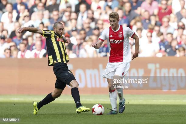 Tim Matavz of Vitesse Matthijs de Ligt of Ajax during the Dutch Eredivisie match between Ajax Amsterdam and Vitesse Arnhem at the Amsterdam Arena on...