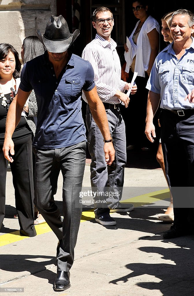 <a gi-track='captionPersonalityLinkClicked' href=/galleries/search?phrase=Tim+McGraw&family=editorial&specificpeople=202845 ng-click='$event.stopPropagation()'>Tim McGraw</a> attends the 'Quantum Heroes' premiere at Engine 33, Ladder 9 on August 15, 2013 in New York City.