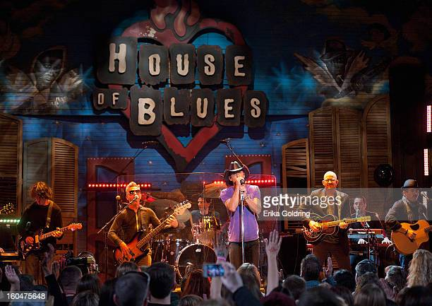 Tim McGraw performs at the House of Blues on February 1 2013 in New Orleans Louisiana