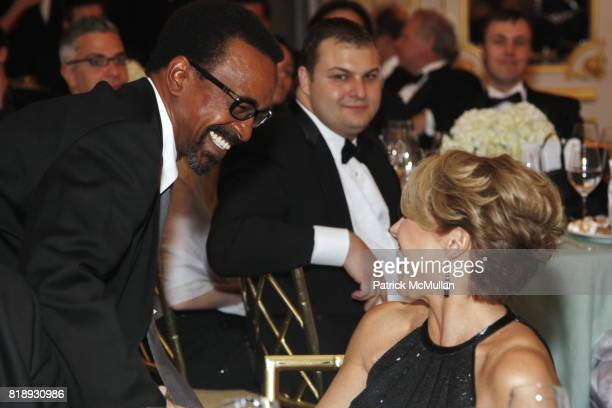 Tim Meadows and Katie Couric attend MUSEUM Of The MOVING IMAGE Dinner In Honor Of KATIE COURIC And PHIL KENT at St Regis Hotel on May 5 2010 in New...