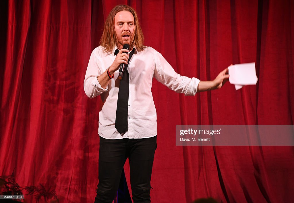 <a gi-track='captionPersonalityLinkClicked' href=/galleries/search?phrase=Tim+Minchin&family=editorial&specificpeople=2244352 ng-click='$event.stopPropagation()'>Tim Minchin</a> speaks at the Summer Gala for The Old Vic at The Brewery on June 27, 2016 in London, England.