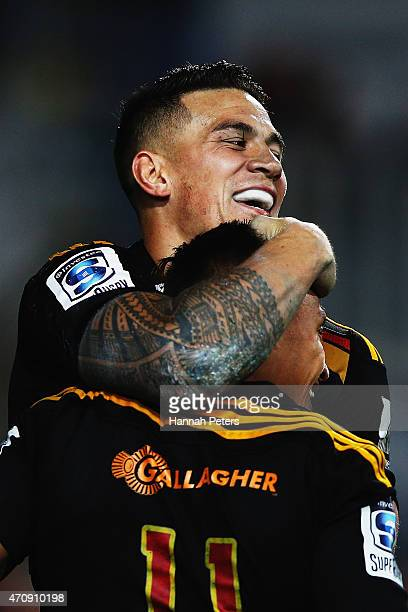 Tim NanaiWilliams of the Chiefs celebrates with Sonny Bill Williams of the Chiefs after scoring a try during the round 11 Super Rugby match between...
