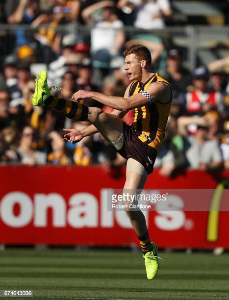 Tim O'Brien of the Hawks kicks the ball during the round six AFL match between the Hawthorn Hawks and the St Kilda Saints at University of Tasmania...