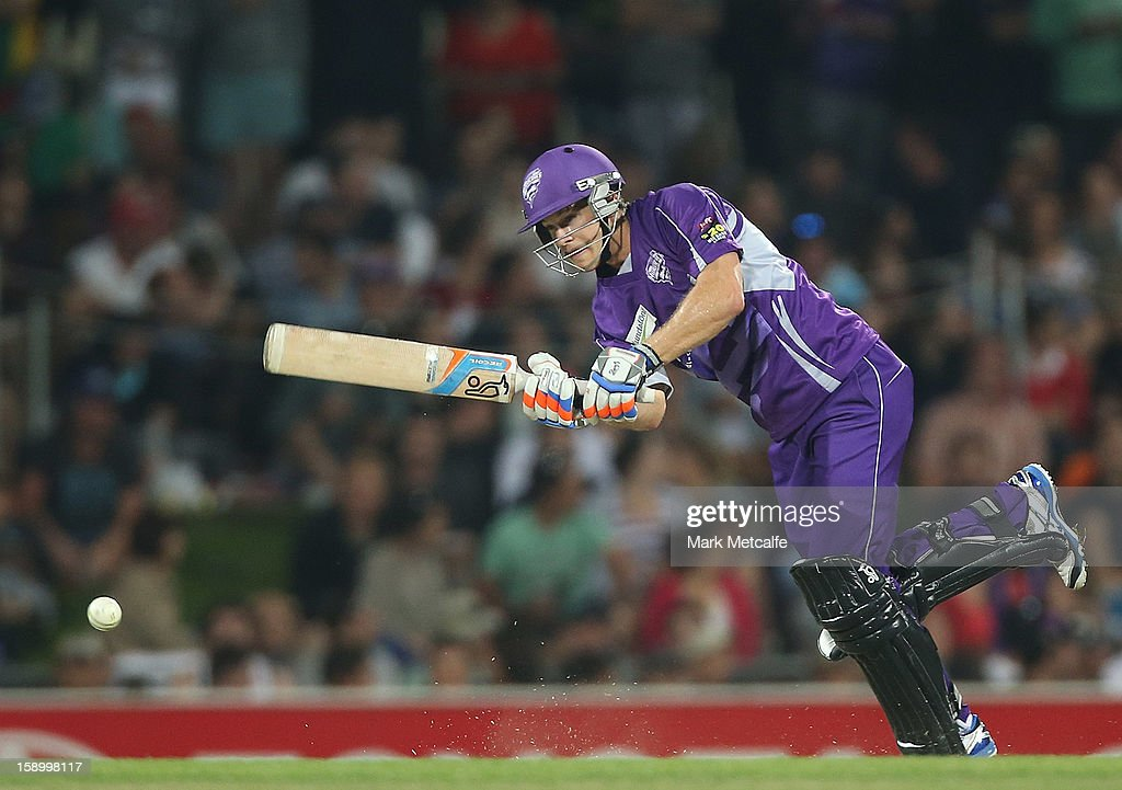 <a gi-track='captionPersonalityLinkClicked' href=/galleries/search?phrase=Tim+Paine&family=editorial&specificpeople=3990549 ng-click='$event.stopPropagation()'>Tim Paine</a> of the Hurricanes bats during the Big Bash League match between the Hobart Hurricanes and the Adelaide Strikers at Blundstone Arena on January 5, 2013 in Hobart, Australia.