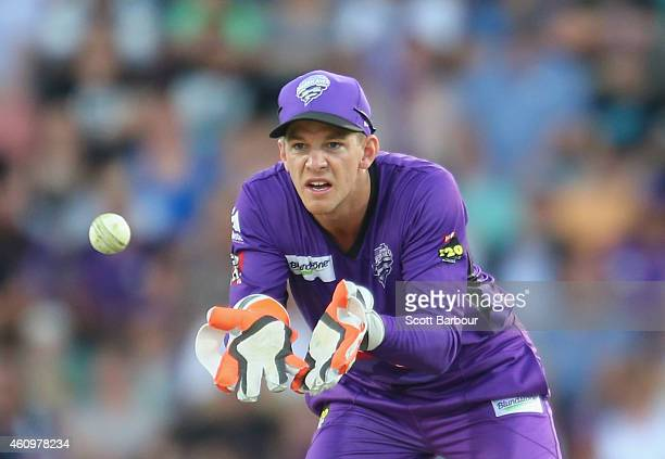 Tim Paine of the Hurricanes wicketkeeps during the Big Bash League match between the Hobart Hurricanes and the Brisbane Heat at Blundstone Arena on...