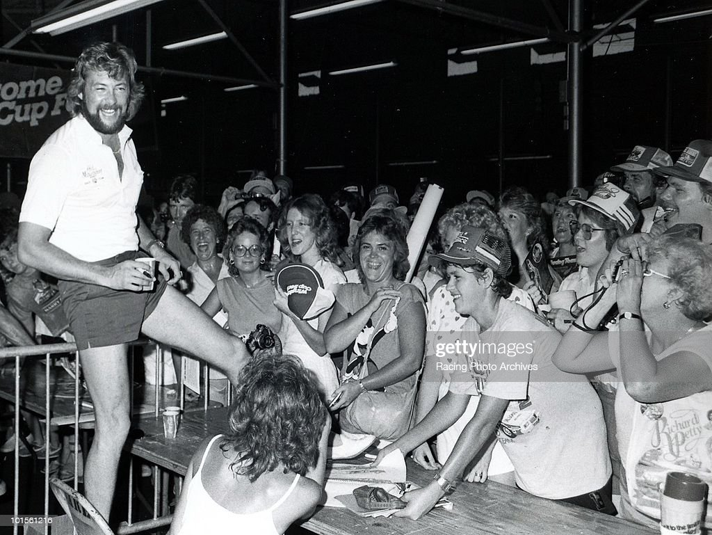 Tim Richmond gives his fans a show before the Delaware 500. Richmond would finish 6th and take home $9,980 for the race.