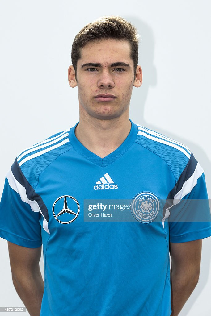 http://media.gettyimages.com/photos/tim-sechelmann-poses-during-the-germany-u17-team-presentation-on-7-picture-id487212062