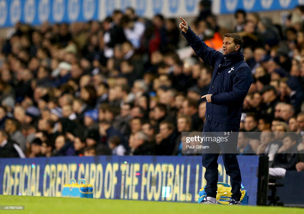 <a gi-track='captionPersonalityLinkClicked' href=/galleries/search?phrase=Tim+Sherwood&family=editorial&specificpeople=4503354 ng-click='$event.stopPropagation()'>Tim Sherwood</a> interim manager of Tottenham Hotspur gives instructions during the Capital One Cup Quarter-Final match between Tottenham Hotspur and West Ham United at White Hart Lane on December 18, 2013 in London, England.