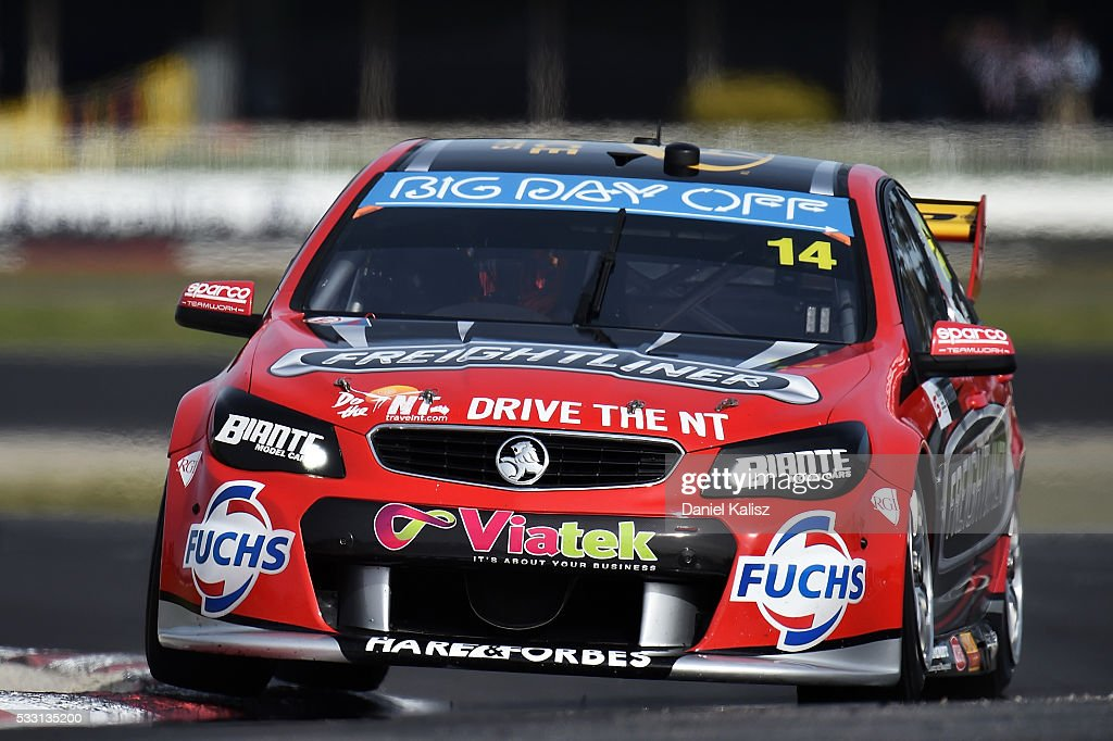 Tim Slade drives the Freightliner Racing Holden Commodore VF during practice for the V8 Supercars Winton round at Winton Raceway on May 21 2016 in...