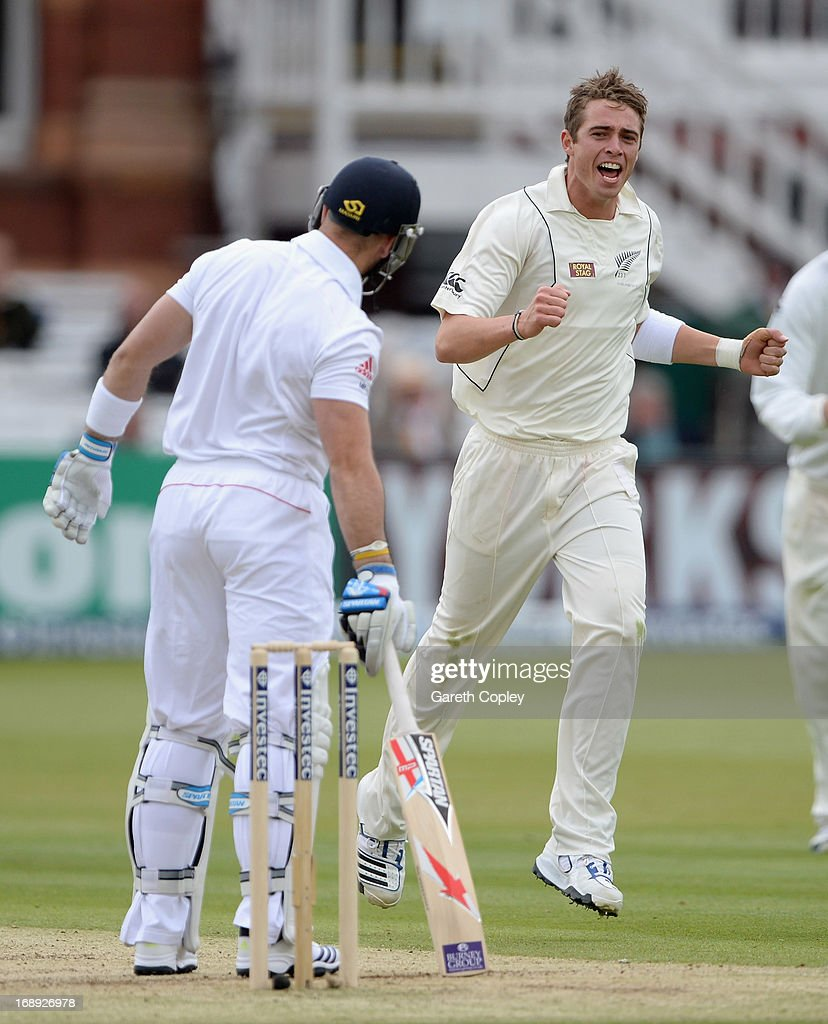 <a gi-track='captionPersonalityLinkClicked' href=/galleries/search?phrase=Tim+Southee&family=editorial&specificpeople=4205733 ng-click='$event.stopPropagation()'>Tim Southee</a> of New Zealand celebrates dismissing Matt Prior of England during day two of 1st Investec Test match between England and New Zealand at Lord's Cricket Ground on May 17, 2013 in London, England.