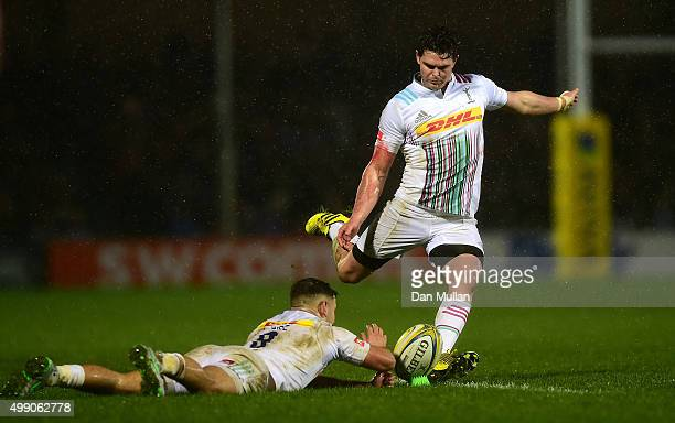 Tim Swiel of Harlequins misses a penalty to take the lead during the Aviva Premiership match between Exeter Chiefs and Harlequins at Sandy Park on...