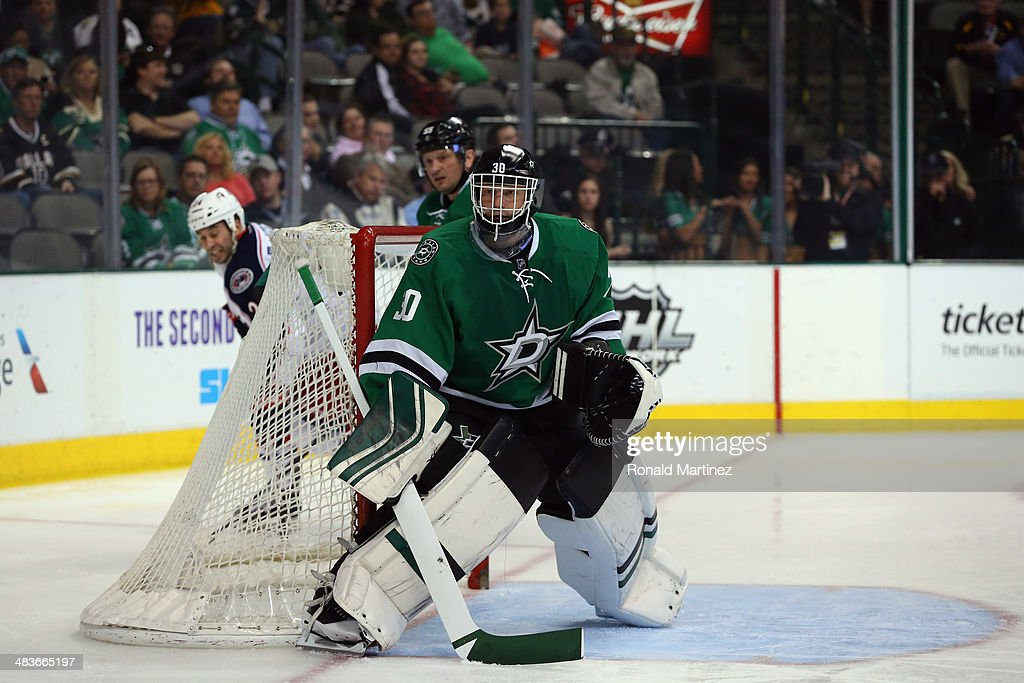 Tim Thomas #30 of the Dallas Stars in goal against the Columbus Blue Jackets in the second period at American Airlines Center on April 9, 2014 in Dallas, Texas.