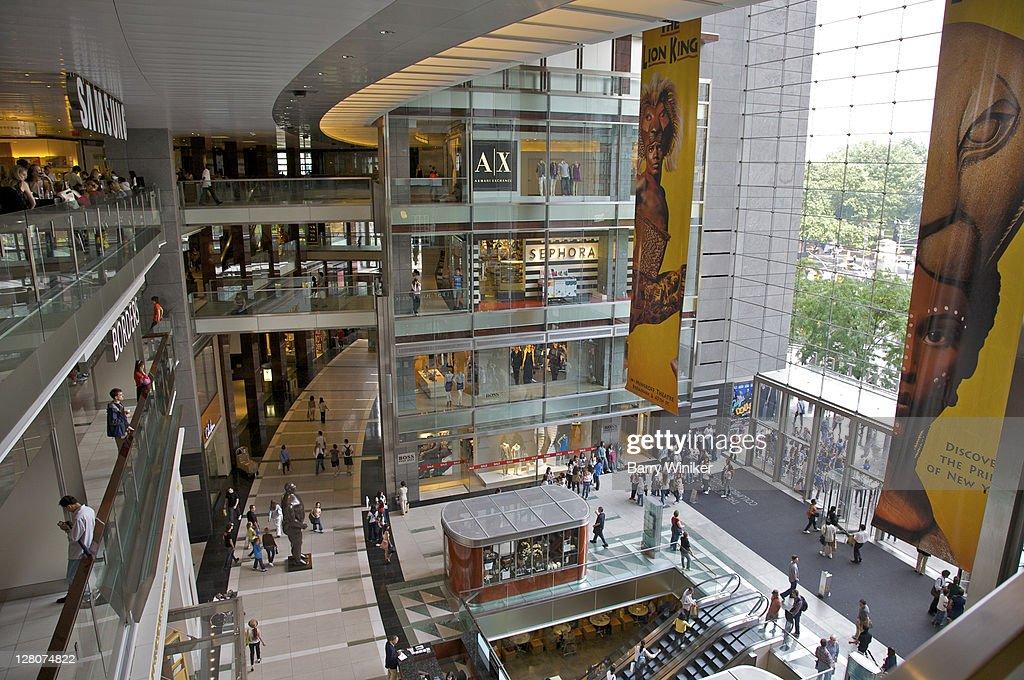 Visita desde el Mall Columbus Circle en New York City. De fondo El Central Park. Craig Hackenbrook is with Shaina Locke at Columbus Circle Mall Nyc. Sp S on S so S red S · August 5, · New York, NY · The boys rockin' their new hats at Columbis Mall NYC. Near Columbus Circle Mall /5(K).