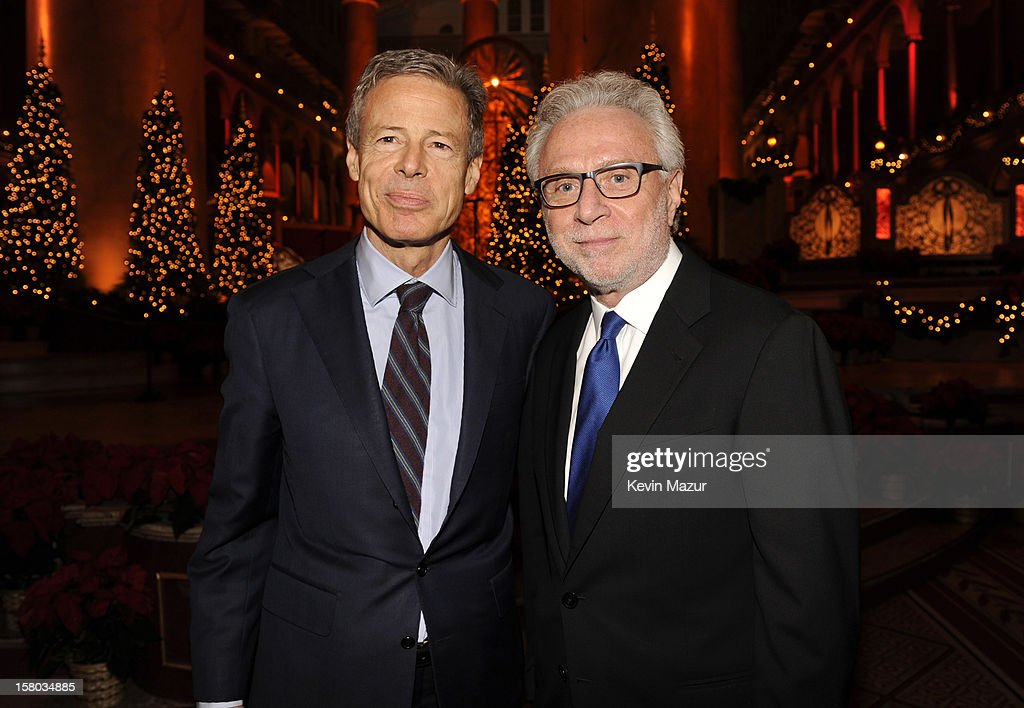 Time Warner Chairman and CEO <a gi-track='captionPersonalityLinkClicked' href=/galleries/search?phrase=Jeff+Bewkes&family=editorial&specificpeople=584115 ng-click='$event.stopPropagation()'>Jeff Bewkes</a> (L) and CNN's <a gi-track='captionPersonalityLinkClicked' href=/galleries/search?phrase=Wolf+Blitzer&family=editorial&specificpeople=221464 ng-click='$event.stopPropagation()'>Wolf Blitzer</a> attend TNT Christmas in Washington 2012 at National Building Museum on December 9, 2012 in Washington, DC. 23098_003_KM_0486.JPG