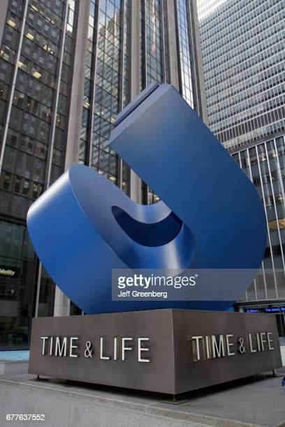 TimeLife Building sculpture on the Sixth Avenue of the Americas