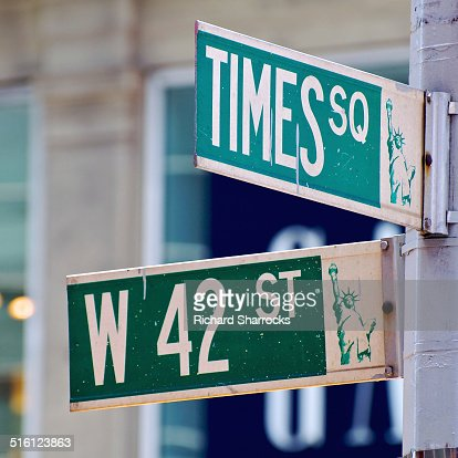 42nd Street Stock Photos and Pictures | Getty Images