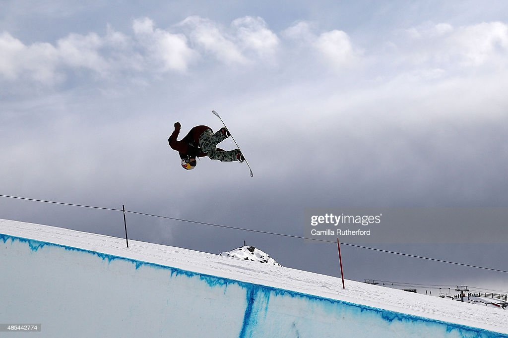 <a gi-track='captionPersonalityLinkClicked' href=/galleries/search?phrase=Tim-Kevin+Ravnjak&family=editorial&specificpeople=8797275 ng-click='$event.stopPropagation()'>Tim-Kevin Ravnjak</a> of Slovenia competes in the FIS Snowboard World Cup Halfpipe Qualification during the Winter Games NZ at Cardrona Alpine Resort on August 28, 2015 in Wanaka, New Zealand.