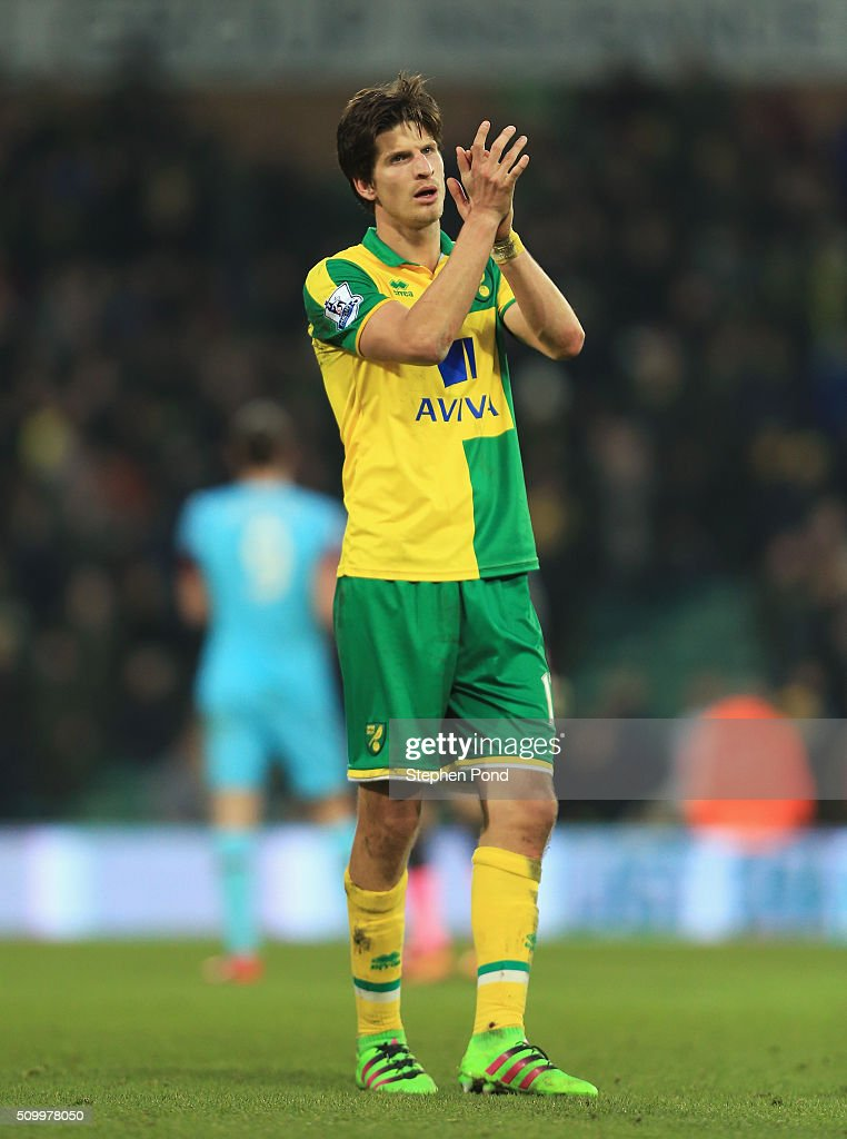<a gi-track='captionPersonalityLinkClicked' href=/galleries/search?phrase=Timm+Klose&family=editorial&specificpeople=7864194 ng-click='$event.stopPropagation()'>Timm Klose</a> of Norwich City applauds supporters after his team's 2-2 draw in the Barclays Premier League match between Norwich City and West Ham United at Carrow Road on February 13, 2016 in Norwich, England.