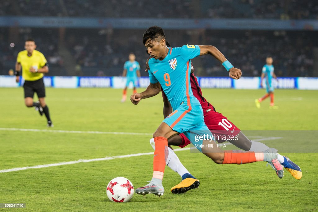 Timm Weah of USA and Aniket Jadhav of India battle for the ball during the FIFA U-17 World Cup India 2017 group A match between India and USA at Jawaharlal Nehru Stadium on October 6, 2017 in New Delhi, India.