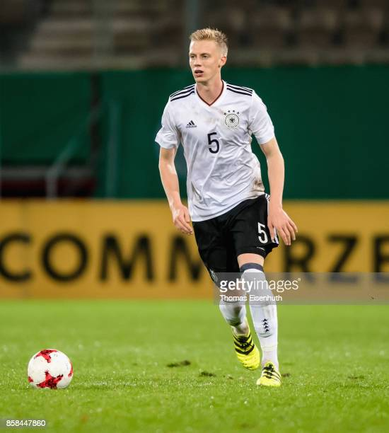 Timo Baumgartl of Germany plays the ball during the UEFA Under21 Euro 2019 Qualifier match between U21 of Germany and U21 of Azerbaijan at Stadion...