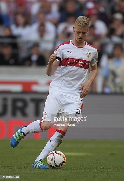 Timo Baumgartl of Stuttgart controls the ball during the Bundesliga match between VfB Stuttgart and 1 FSV Mainz 05 at MercedesBenz Arena on May 7...