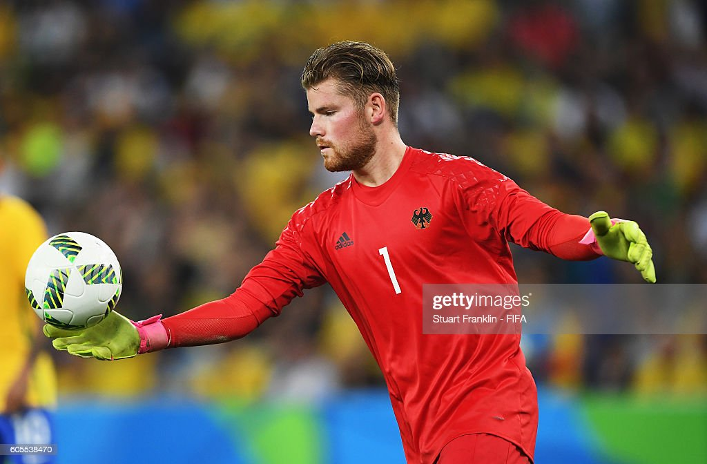 http://media.gettyimages.com/photos/timo-horn-of-germany-in-action-during-the-olympic-mens-final-football-picture-id605538470?k=6&m=605538470&s=594x594&w=0&h=Lg8Pd8qxbqcurBNYbrVkvcb65A2IgS6tPX9AzEKJQUk=