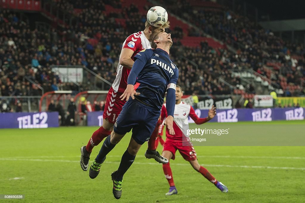 Timo Letschert of FC Utrecht, Luuk de Jong of PSV during the Dutch Eredivisie match between FC Utrecht and PSV Eindhoven at the Galgenwaard Stadium on February 07, 2016 in Utrecht, The Netherlands