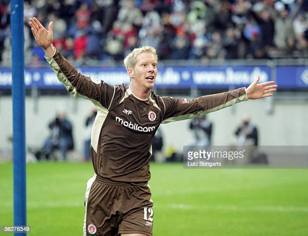 Timo Schultz of StPauli celebrates the third goal for StPauli during the Third League match between Hamburger SV II and FC StPauli at the AOL Arena...