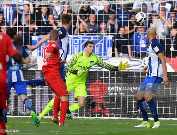 Timo Werner of RB Leipzig scores the 10 against Rune Almenning Jarstein of Hertha BSC during the game between Hertha BSC and RB Leipzig on may 6 2017...