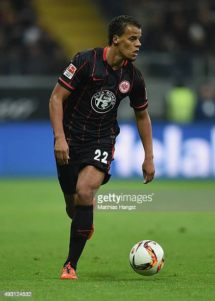 Timothy Chandler of Frankfurt controls the ball during the Bundesliga match between Eintracht Frankfurt and Borussia Moenchengladbach at...