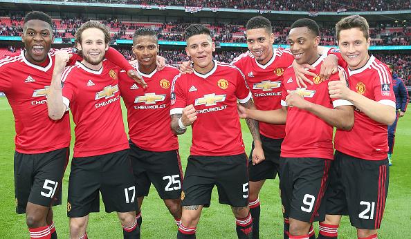 Everton v Manchester United - The Emirates FA Cup Semi Final : News Photo
