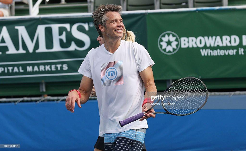 Chris evert raymond james pro celebrity tennis classic