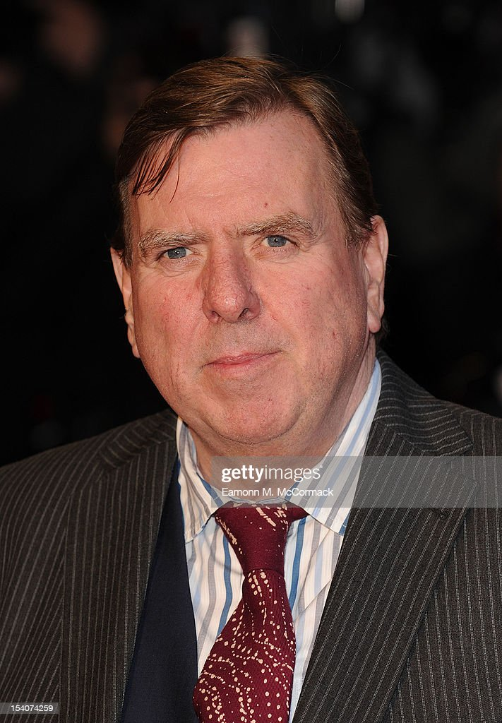 <a gi-track='captionPersonalityLinkClicked' href=/galleries/search?phrase=Timothy+Spall&family=editorial&specificpeople=235948 ng-click='$event.stopPropagation()'>Timothy Spall</a> attends the premiere of 'Ginger And Rosa' during the 56th BFI London Film Festival at Odeon West End on October 13, 2012 in London, England.