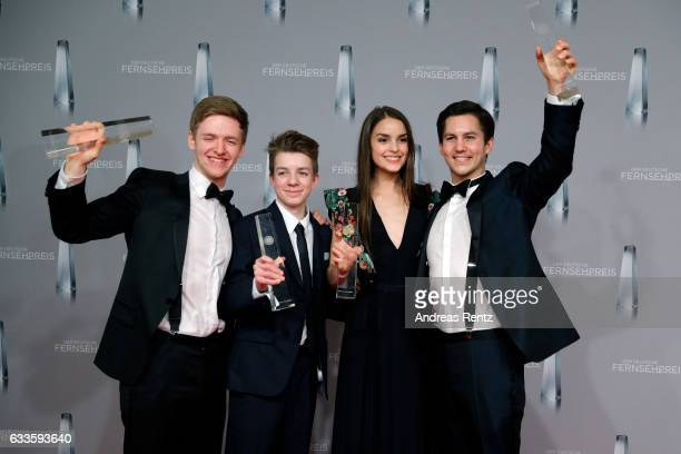 Timur Bartels Nick Julius Schuck Luise Befort and Ivo Kortland of 'Club der Roten Baender' pose with their awards at the German Television Award at...