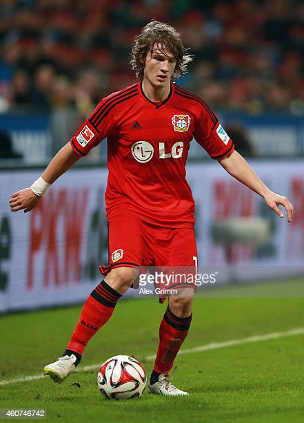 Tin Jedvaj of Leverkusen controles the ball during the Bundesliga match between Bayer 04 Leverkusen and Eintracht Frankfurt at BayArena on December...