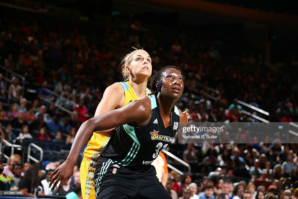 <a gi-track='captionPersonalityLinkClicked' href=/galleries/search?phrase=Tina+Charles+-+Basketball+Player&family=editorial&specificpeople=7137931 ng-click='$event.stopPropagation()'>Tina Charles</a> #31 of the New York Liberty fights for position against <a gi-track='captionPersonalityLinkClicked' href=/galleries/search?phrase=Elena+Delle+Donne&family=editorial&specificpeople=5042380 ng-click='$event.stopPropagation()'>Elena Delle Donne</a> #11 of the Chicago Sky on June 24, 2016 at Madison Square Garden in New York, New York.