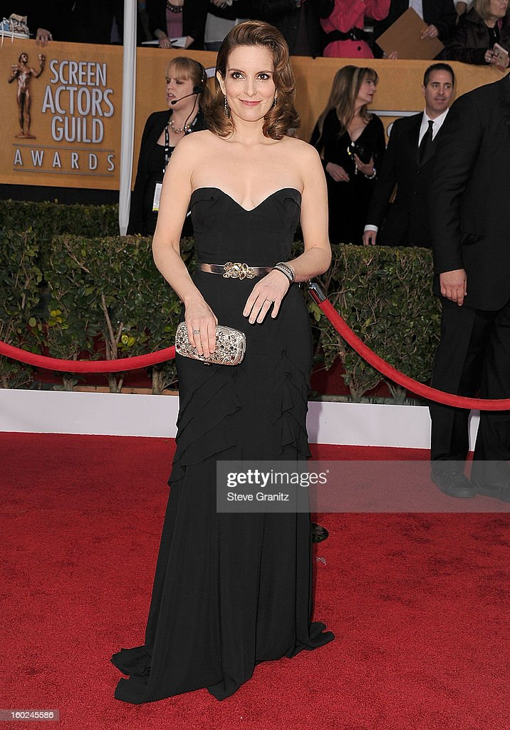 Tina Fey arrives at the 19th Annual Screen Actors Guild Awards at The Shrine Auditorium on January 27, 2013 in Los Angeles, California.