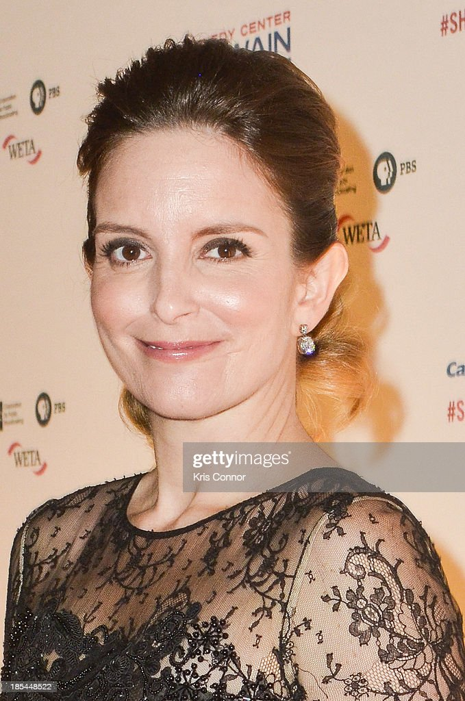 <a gi-track='captionPersonalityLinkClicked' href=/galleries/search?phrase=Tina+Fey&family=editorial&specificpeople=206753 ng-click='$event.stopPropagation()'>Tina Fey</a> poses on the red carpet during The 16th Annual Mark Twain Prize For American Humor at John F. Kennedy Center for the Performing Arts on October 20, 2013 in Washington, DC.