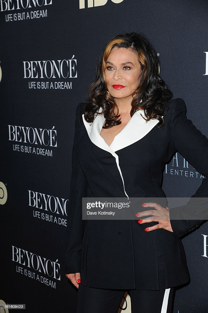 Tina Knowles attend the 'Beyonce: Life Is But A Dream' New York Premiere at Ziegfeld Theater on February 12, 2013 in New York City.