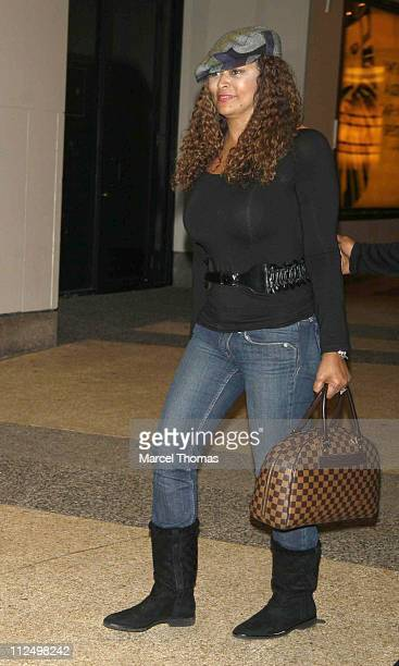 Tina Knowles during Beyonce Sighting Outside MTV's 'TRL' Studio in New York City November 9 2006 in New York City New York United States