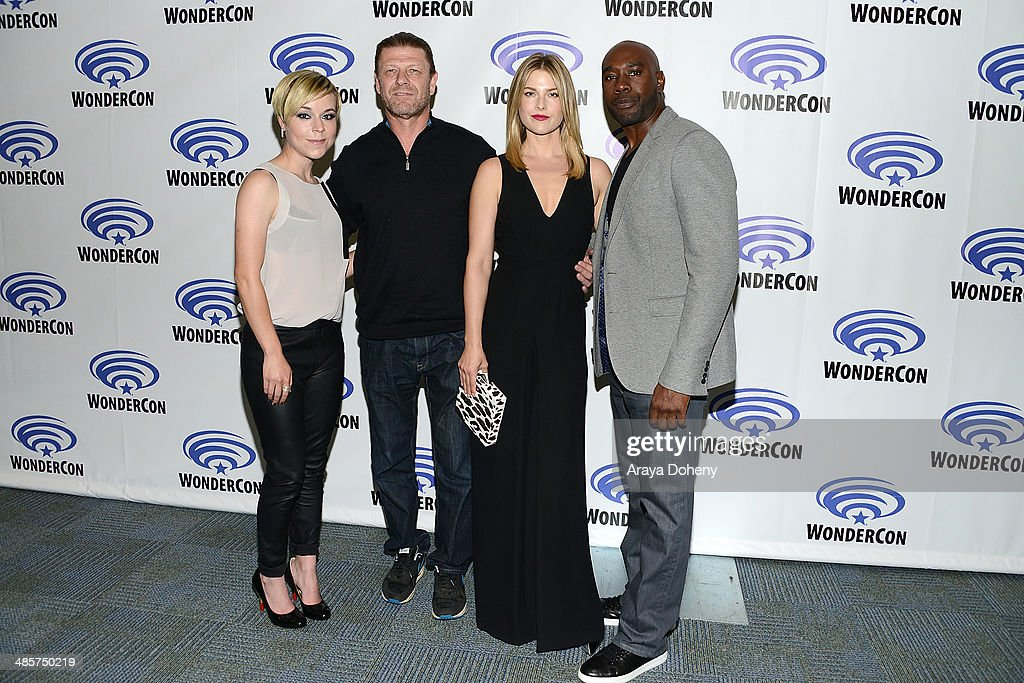 <a gi-track='captionPersonalityLinkClicked' href=/galleries/search?phrase=Tina+Majorino&family=editorial&specificpeople=234751 ng-click='$event.stopPropagation()'>Tina Majorino</a>, <a gi-track='captionPersonalityLinkClicked' href=/galleries/search?phrase=Sean+Bean&family=editorial&specificpeople=160620 ng-click='$event.stopPropagation()'>Sean Bean</a>, <a gi-track='captionPersonalityLinkClicked' href=/galleries/search?phrase=Ali+Larter&family=editorial&specificpeople=208082 ng-click='$event.stopPropagation()'>Ali Larter</a> and <a gi-track='captionPersonalityLinkClicked' href=/galleries/search?phrase=Morris+Chestnut&family=editorial&specificpeople=707699 ng-click='$event.stopPropagation()'>Morris Chestnut</a> attend the Legends paress line at WonderCon Anaheim 2014 Day 2 at Anaheim Convention Center on April 19, 2014 in Anaheim, California.
